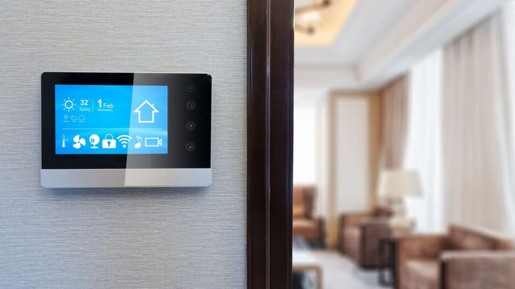 Smart thermostat pictured for blog on Xcel Energy's demand response programs